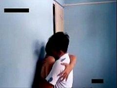 แอบถ่ายนักเรียนมาเลเซีย แอบเย็ดกันในโรงยิม ยืนถลกกระโปรงนักเรียนเย็ดคาชุด กระเด้าหีกระแทกรัวซอยเอวถี่ยิบรีบเย็ดสดน้ำแตกแล้วแยกทางเลย