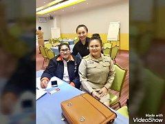 คลิปหลุดครูไทย แม่ลูกเย็ดกัน แม่เป็นครูนัดเย็ดกับลูกในโรงแรมกลัวคนที่บ้านจับได้ เสียงไทย