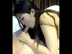 หนังโป๊จีน เย็ดฟรีสาวหีใหญ่ชอบอมควยก่อนเย็ดขอยั่วให้น้ำปริ่มแล้วค่อยขึ้นขย่มเย็ดให้
