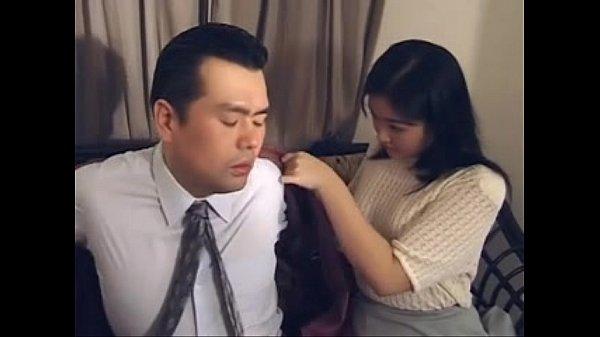 xnxx หนังโป๊เอเชีย ทำงานมันเครียดมาละเลียดระเลงหีดีกว่า แฟนสาวเอาใจผัวเหนื่อยโม๊กควยผ่อนคลาย เสียวขนาดนี้พี่เย็ดสดแตกในนะที่รัก